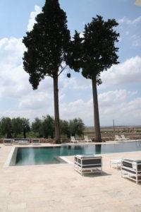 Esterno piscina, Masseria Celentano